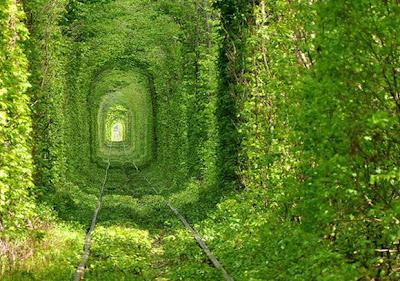 Terowongan Cinta, Ukraina